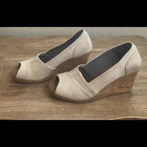 Toms Stella Peep Toe Wedges size 8